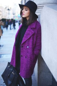 http://the-streetstyle.tumblr.com/post/70271368193/purple-mondays-via-thefashionthroughmyeyes